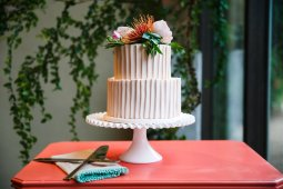Knockout cake by Classic Cakes by Lori